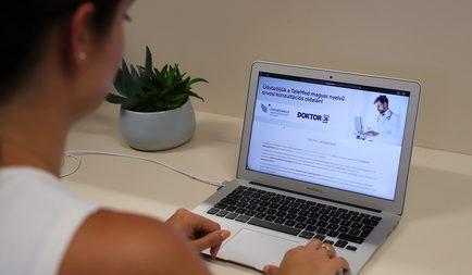 Online orvosi konzultációval segít a kárpátaljai magyaroknak a Segélyszervezet és a Doktor24