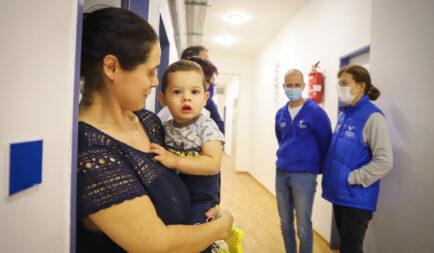 A 2019-es adventi összefogásnak köszönhetően teljesen megújult a Segélyszervezet családok átmeneti otthona Szolnokon