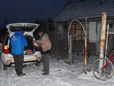 Segítség a hajléktalanoknak a rendkívüli hidegben