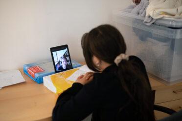 A digitális oktatásban is segítjük a gyerekeket