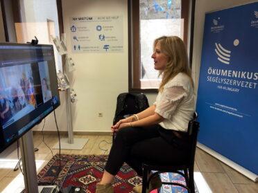 Online élményprogram idősek otthonában