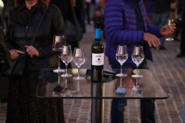 Jótékonysági bor a SAUSKA Borászattól